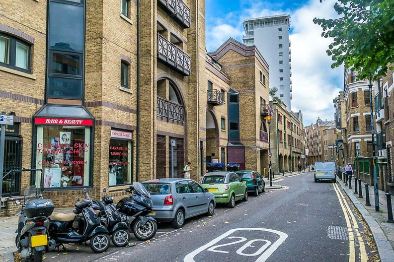 2 bedroom(s) apartment to sale in Scotts Sufferance Wharf, 5 Mill Street, London-image 1