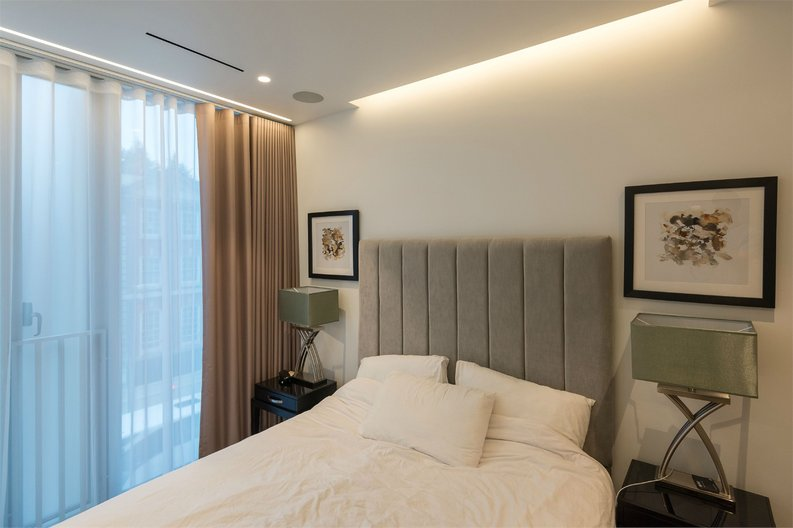 1 bedroom(s) apartment to sale in The Nova Building, 87 Buckingham Palace Road, London-image 3