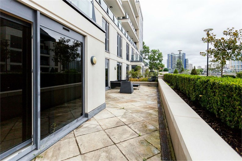 3 bedroom(s) apartment to sale in Dolphin House, Lensbury Avenue, Imperial Wharf-image 6