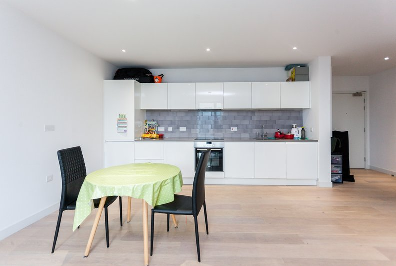 1 bedroom(s) apartment to sale in Masthead House, 14 Rope Terrace, London-image 5