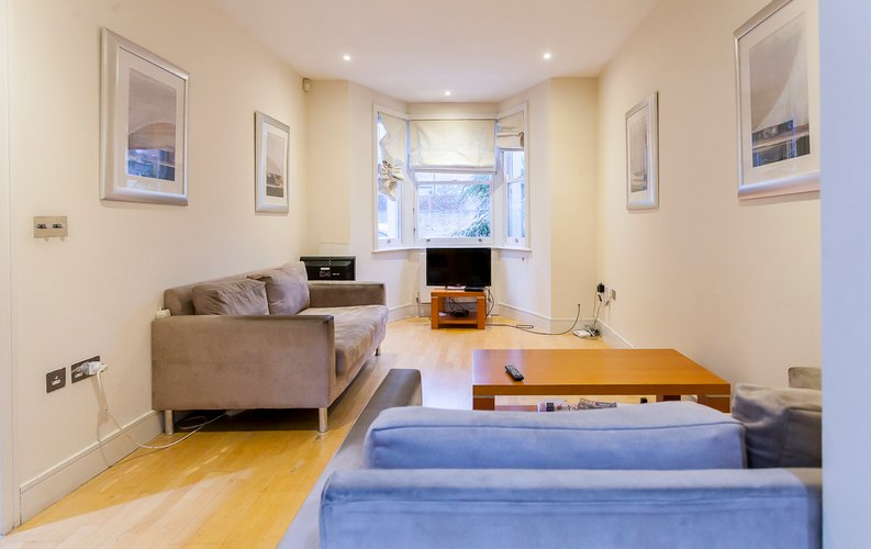 4 bedroom(s) house to sale in Marcia Road, Bermondsey, London-image 9