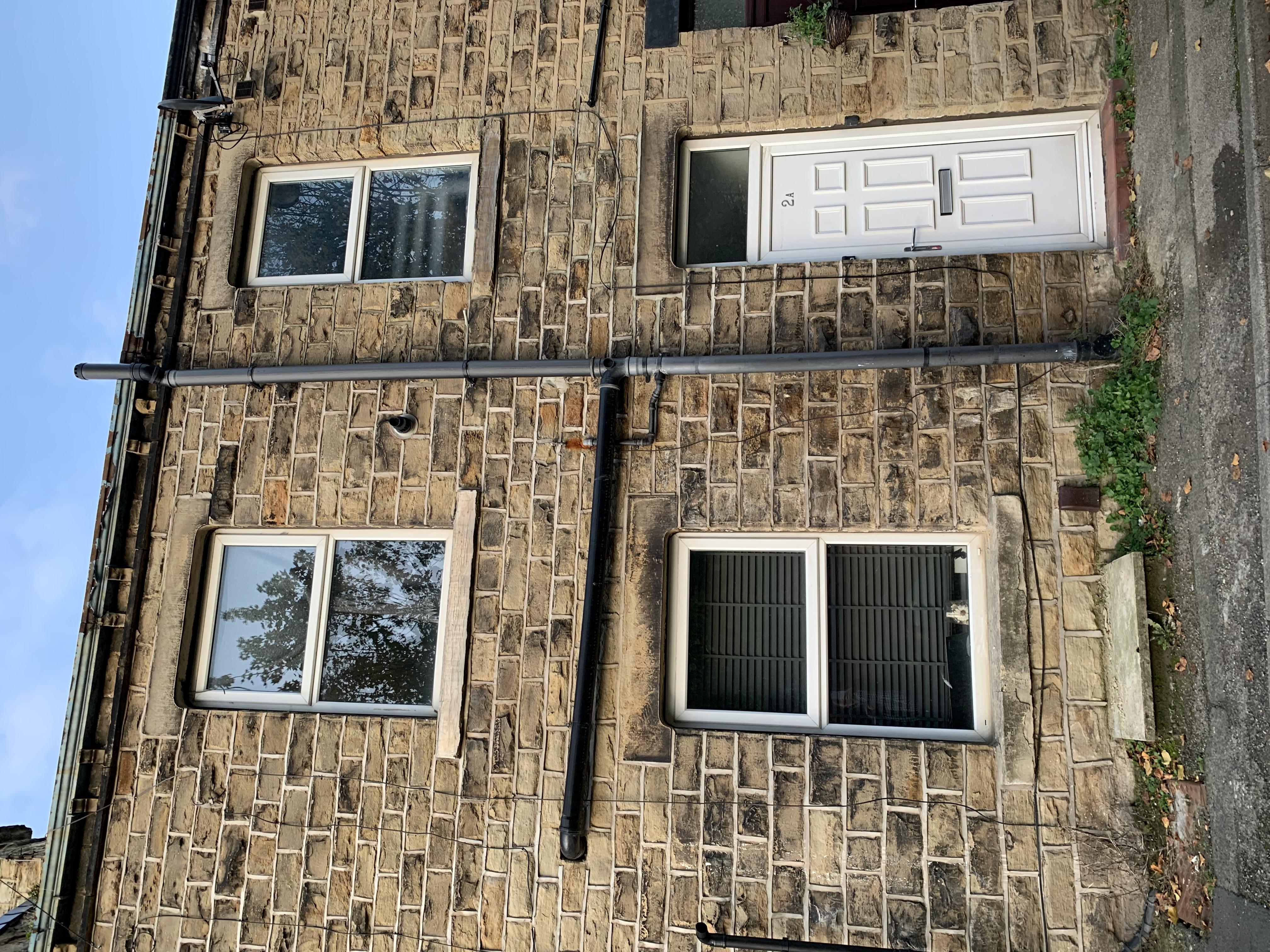 2 Thomas Street, Liversedge, West Yorkshire, WF15 6LB image