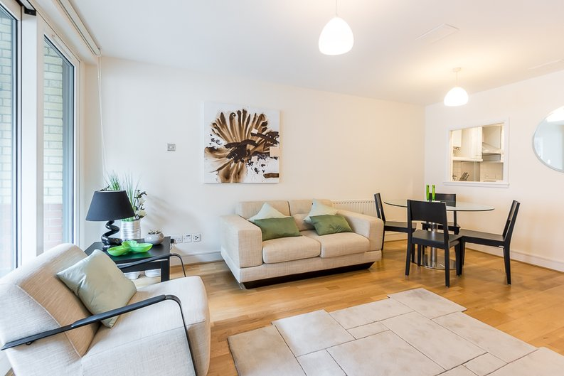 1 bedroom(s) apartment to sale in West One House, 48 Wells Street, Fitzrovia , London-image 5
