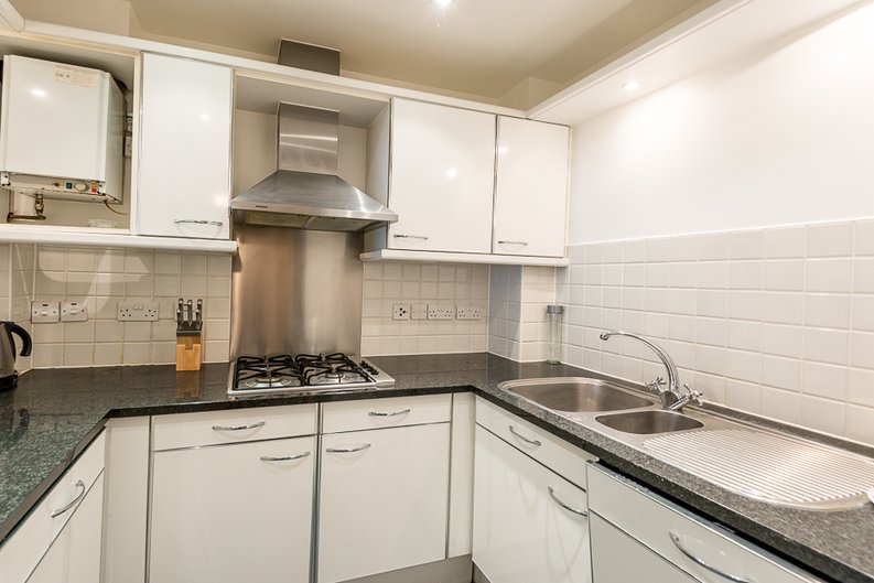 1 bedroom(s) apartment to sale in West One House, 48 Wells Street, Fitzrovia , London-image 6