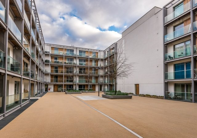 2 bedroom(s) apartment to sale in Highbury Stadium Square, London-image 4