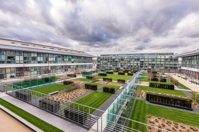 2 bedroom(s) apartment to sale in Highbury Stadium Square, London-image 8