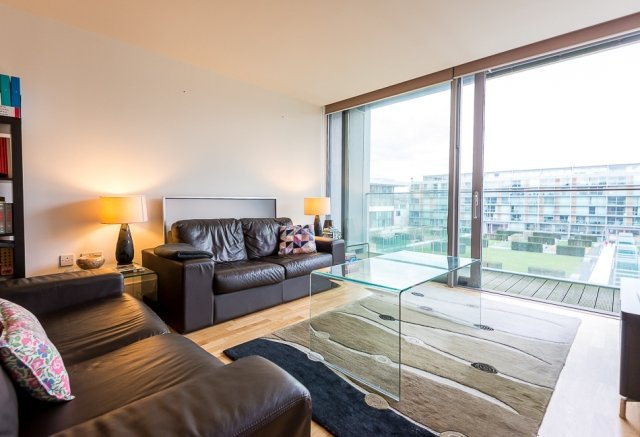 2 bedroom(s) apartment to sale in Highbury Stadium Square, London-image 1