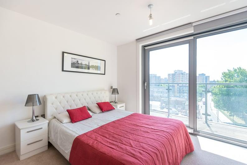 2 bedroom(s) apartment to sale in Craig Tower, Aqua Vista Square, London-image 2