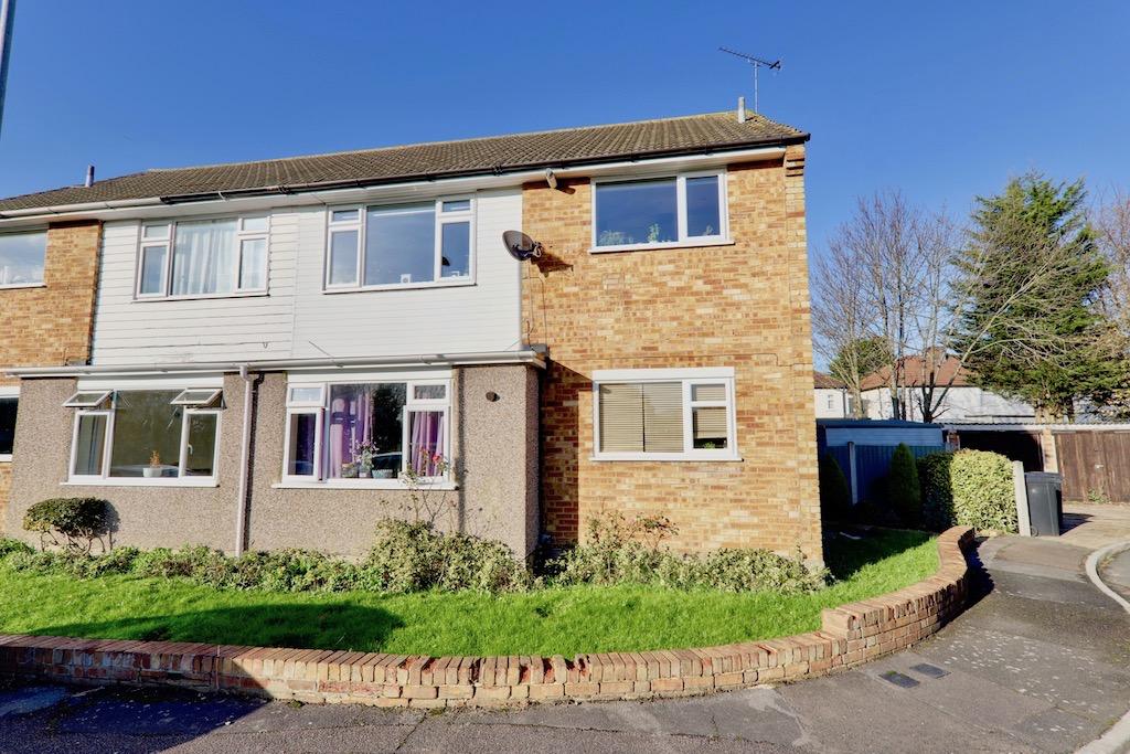 Avondale Close, Loughton, Essex