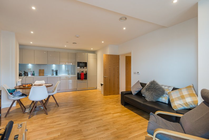 1 bedroom(s) apartment to sale in River Mill One, Station Road, London-image 6