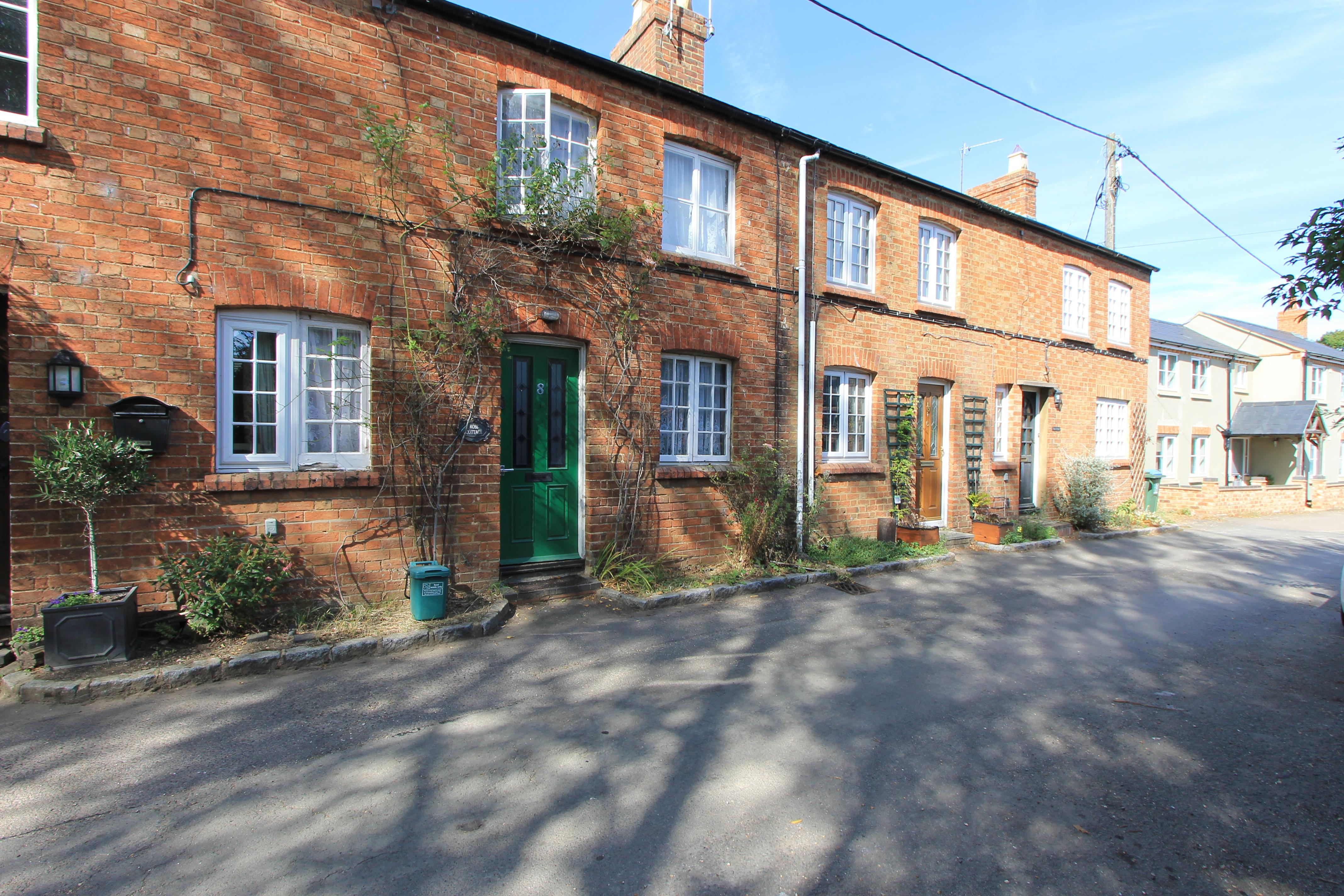 Vicarage Road, Milton Keynes, Buckinghamshire Image