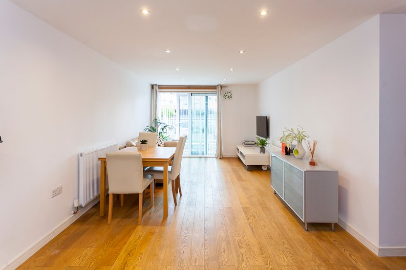 2 bedroom(s) apartment to sale in Building 50, Argyll Road, Royal Arsenal Riverside, London-image 8