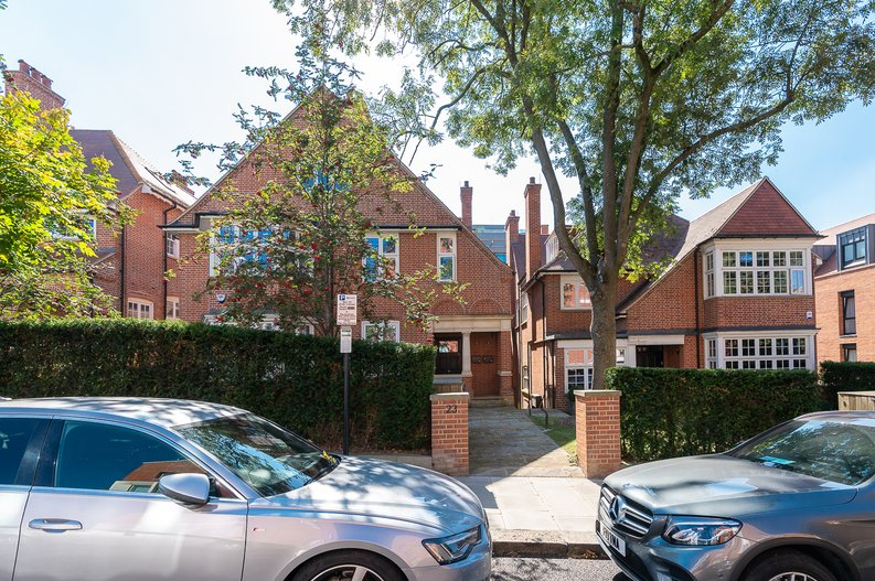 4 bedroom(s) apartment to sale in Kidderpore Avenue, Hampstead, London-image 14