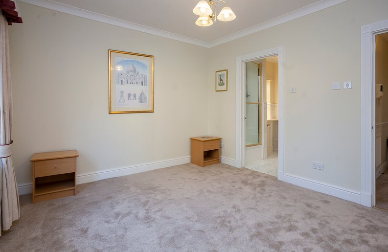 2 bedroom(s) apartment to sale in Trinity Church Road, London-image 14