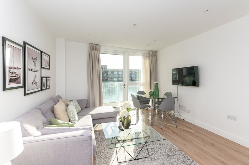 2 bedroom(s) apartment to sale in Montpellier House, Glenthorne Road, Hammersmith-image 5