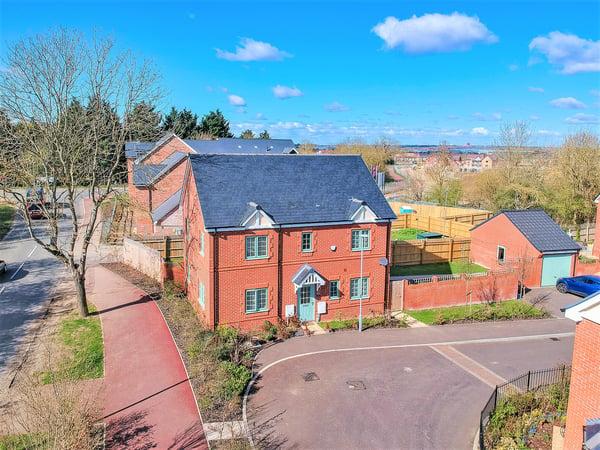 Devereux Court, Milton Keynes, Buckinghamshire Image