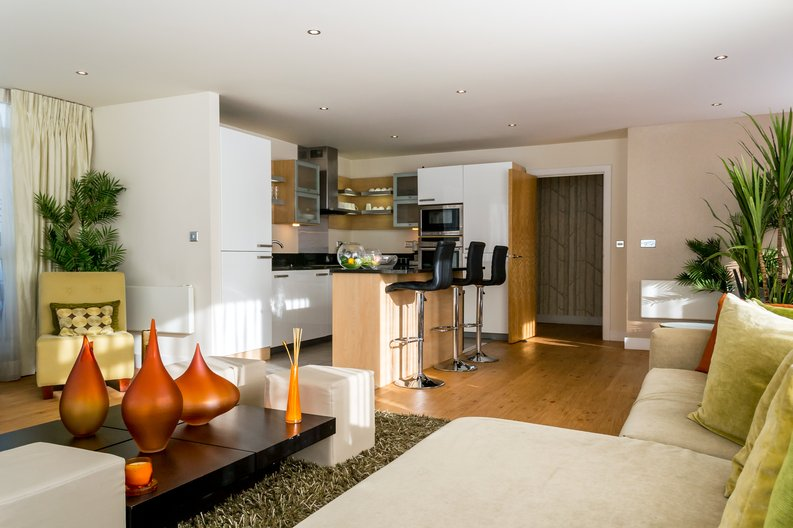 3 bedroom(s) apartment to sale in Amelia House, Boulevard Drive, Beaufort Park, Colindale-image 2