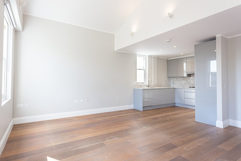 3 bedroom(s) apartment to sale in Greville Road, St. John's Wood Borders, London-image 8