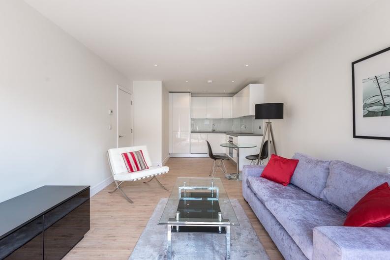 1 bedroom(s) apartment to sale in Havilland Mews, Shepherds Bush, London-image 6