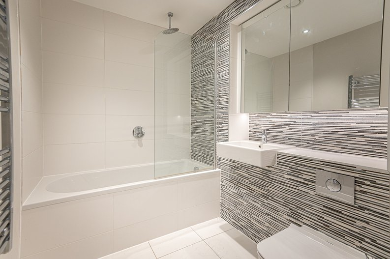 1 bedroom(s) apartment to sale in Iverson Road, West Hampstead, London-image 5