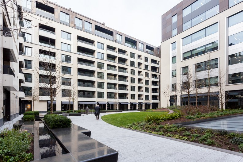 1 bedroom(s) apartment to sale in Rathbone Place, Fitzrovia-image 14