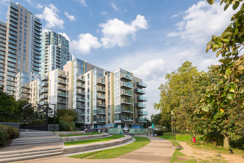 1 bedroom(s) apartment to sale in Goodchild Road, Woodbury Down, London-image 16