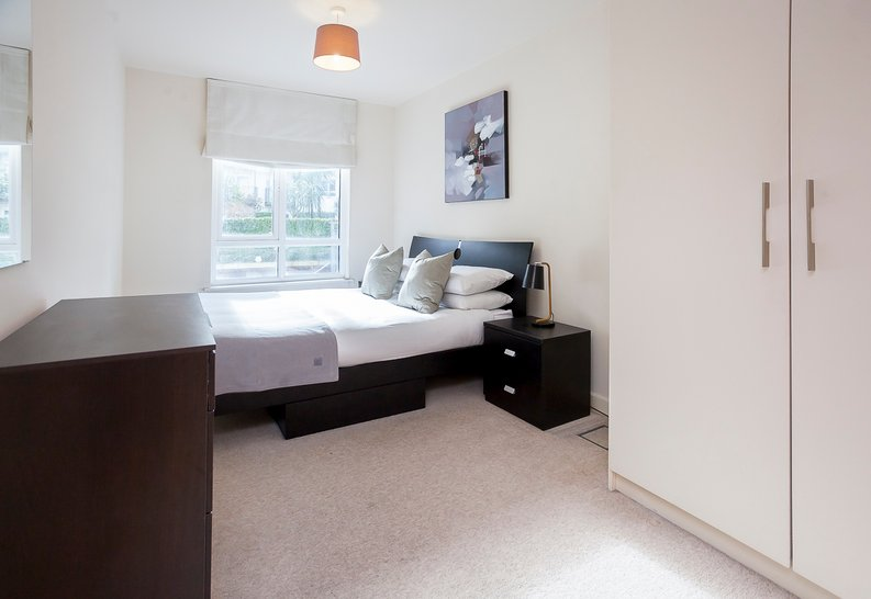 1 bedroom(s) apartment to sale in Croft House, Heritage Avenue, Beaufort Park, Colindale-image 6