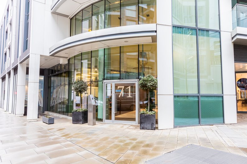 1 bedroom(s) apartment to sale in Altitude Point, 71 Alie Street, Aldgate East-image 3