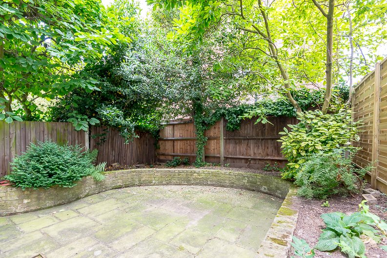 6 bedroom(s) house to sale in Glenloch Road, Belsize Park, London-image 3