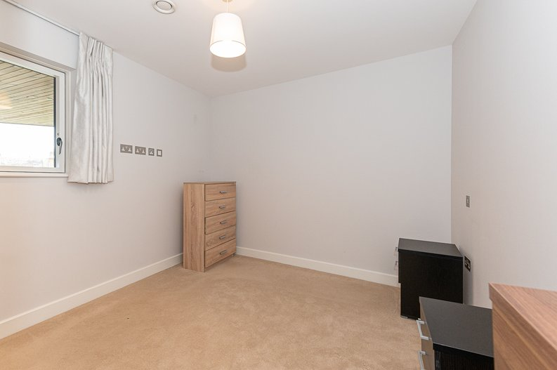 1 bedroom(s) apartment to sale in Iverson Road, West Hampstead, London-image 4