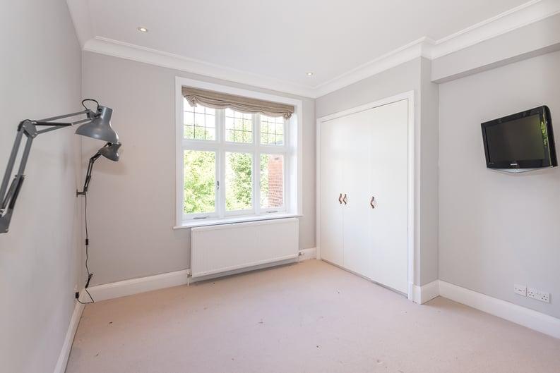 2 bedroom(s) apartment to sale in Eldon Grove, Hampstead, London-image 9
