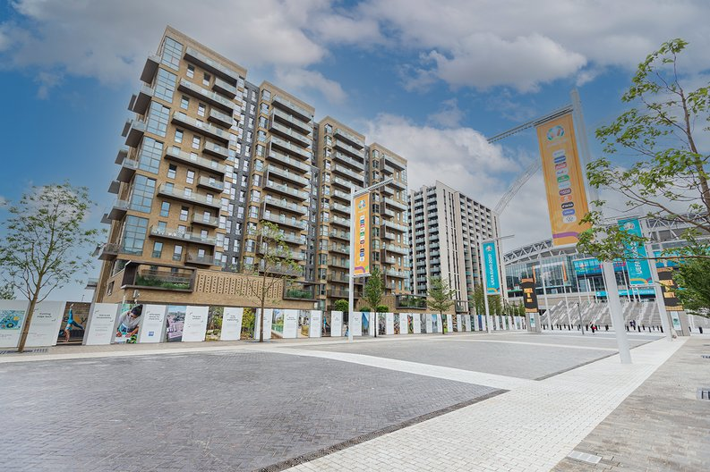 2 bedroom(s) apartment to sale in Marathon House, Olympic Way, Greater London, Wembley-image 10