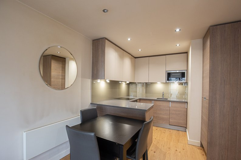 1 bedroom(s) apartment to sale in 27 Heritage Avenue, London-image 2