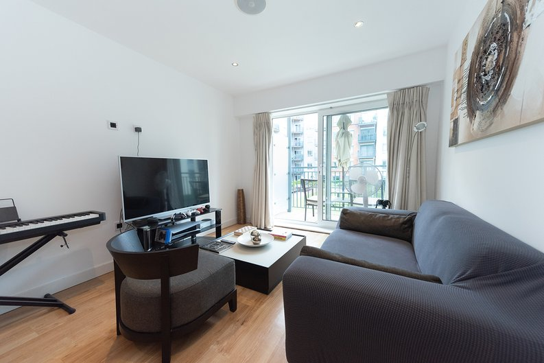 1 bedroom(s) apartment to sale in Eldon House, Beaufort Park, Colindale-image 11