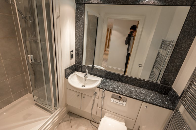 3 bedroom(s) apartment to sale in The Boulevard, Imperial Wharf, London-image 9