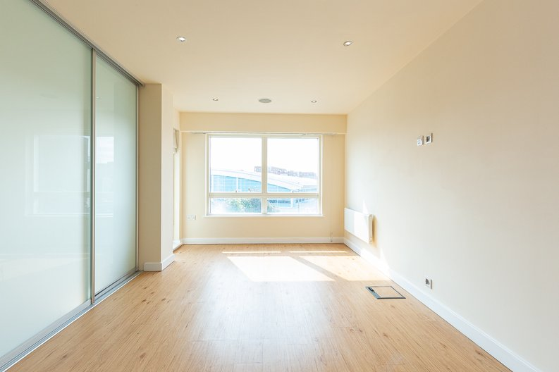 1 bedroom(s) apartment to sale in Curtiss House, Heritage Avenue, Beaufort Park , London-image 6