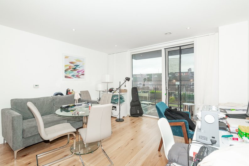 1 bedroom(s) apartment to sale in Aurora Point, 2 Winchester Square , Lewisham-image 2