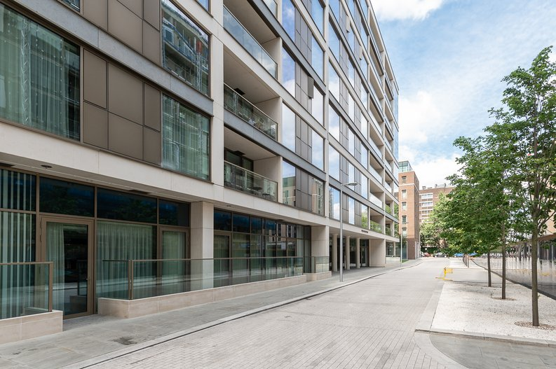 1 bedroom(s) apartment to sale in Sherrin House, Royal Warwick Square, Kensington-image 15