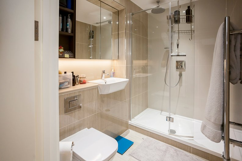 2 bedroom(s) apartment to sale in Tyger House, New Warren Lane, London-image 12