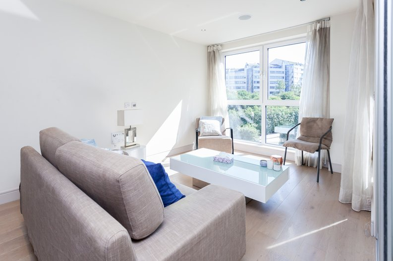 1 bedroom(s) apartment to sale in Octavia House, Townmead Road , Fulham-image 1