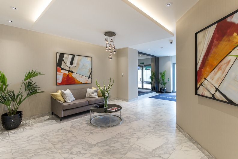 2 bedroom(s) apartment to sale in Montpellier House, Glenthorne Road, Hammersmith, London-image 10