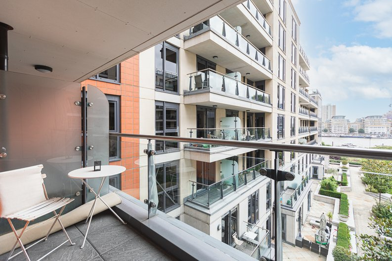 3 bedroom(s) apartment to sale in Lensbury Avenue, Imperial Wharf, London-image 16