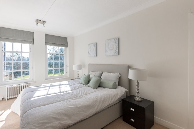 1 bedroom(s) apartment to sale in Greenhill, Prince Arthur Road, Hampstead, London-image 2