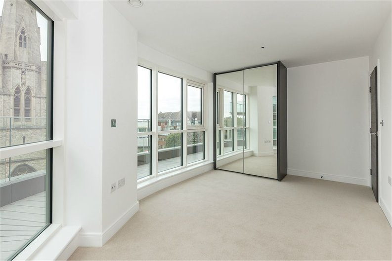 3 bedroom(s) apartment to sale in Quartz House, Dickens Yard, Ealing-image 7