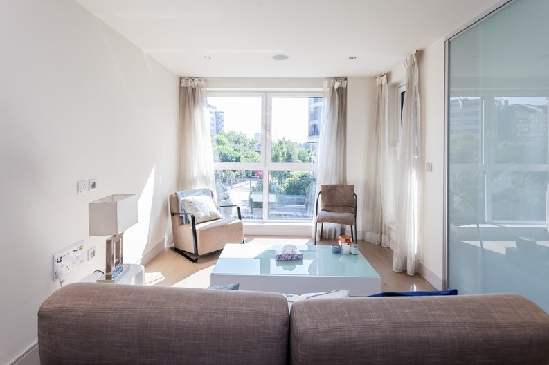 1 bedroom(s) apartment to sale in Octavia House, Townmead Road , Fulham-image 4