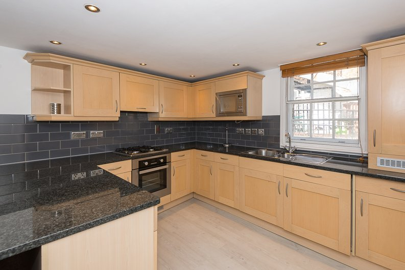 1 bedroom(s) apartment to sale in Avery Row, Mayfair-image 2