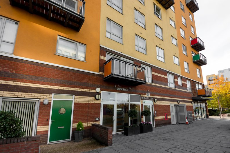 2 bedroom(s) apartment to sale in Metcalfe Court, John Harrison Way, Greenwich Millennium Village, Greenwich-image 7