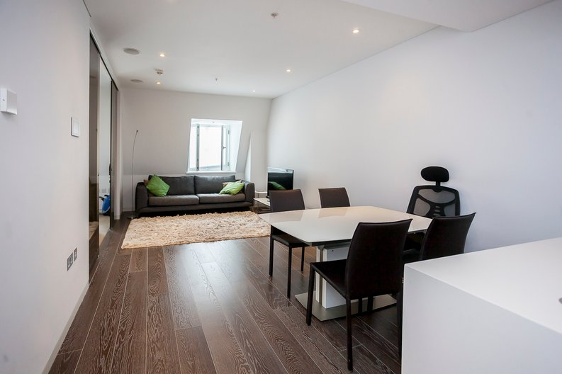 2 bedroom(s) apartment to sale in Marconi House, 335 Strand, London-image 6
