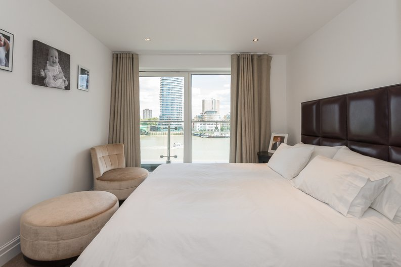 3 bedroom(s) apartment to sale in Riverside Tower , Imperial Wharf , London-image 12