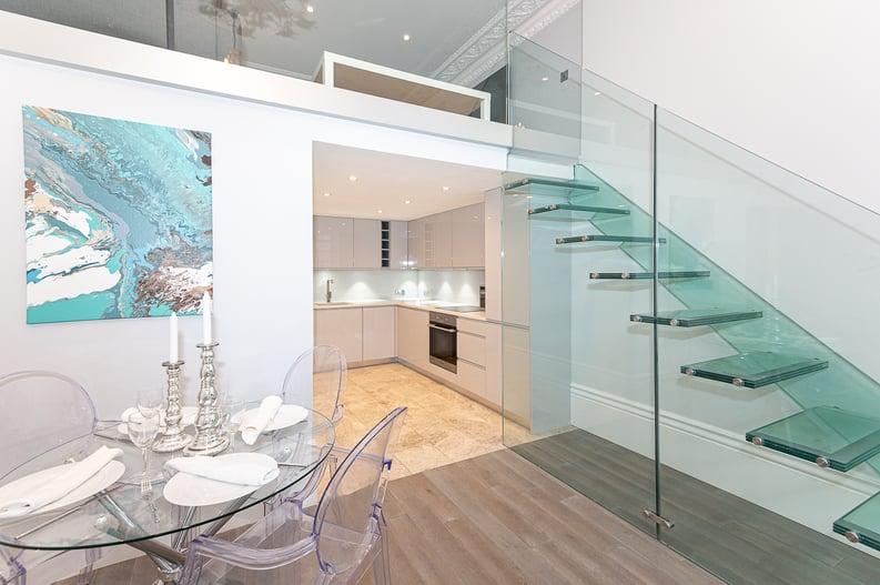 2 bedroom(s) apartment to sale in Belsize Park Gardens, Belsize Park, London-image 19